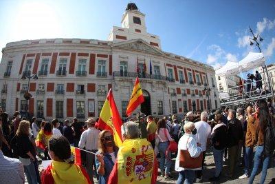 Мадрид е частично под карантина, нови ограничения в Австрия и Гърция
