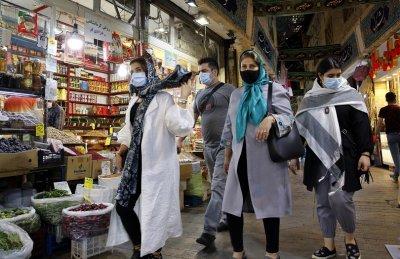 САЩ връща едностранно санкциите срещу Иран