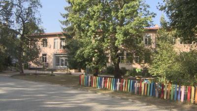 До 20 септември: Около 500 ученици и 40 учители са поставени под карантина