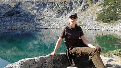 Вицепремиерът Марияна Николова изкачи връх Мусала в Деня на независимостта