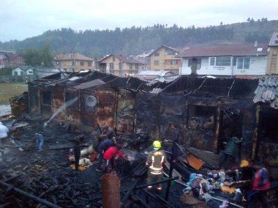 6 семейства останаха без подслон след пожар в Разлог