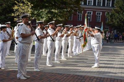 Във Варна отбелязаха Деня на Независимостта