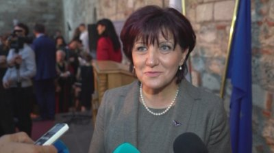 Караянчева: За момента не се предвиждат промени в Изборния кодекс