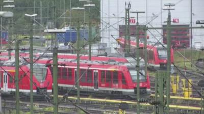 Самоделна бомба е открита във влак край Кьолн