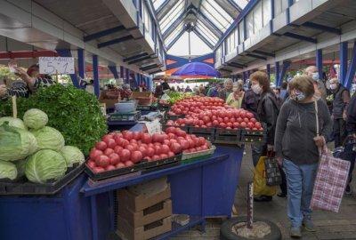 Търговци на Женския пазар нападнаха инспектори, които проверяват изрядни ли са кантарите