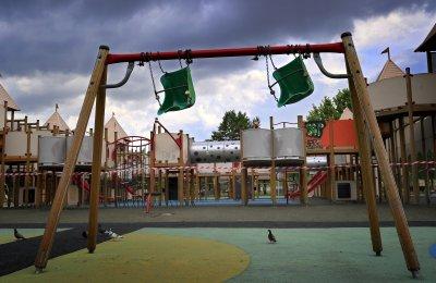Бум на заразени с COVID-19 деца в Румъния
