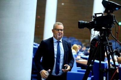 Депутатите избраха Александър Андреев за председател на Централната избирателна комисия