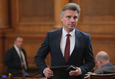 """ГЕРБ поиска оставката на Иво Христов от БСП, защото е нарекъл българите """"инфантилни"""""""