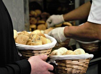 Само регистрирани търговци ще могат да предлагат храни онлайн