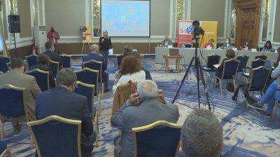 ЕК планира поредица от проекти, които да оценят риска пред плурализма и свободата на медиите