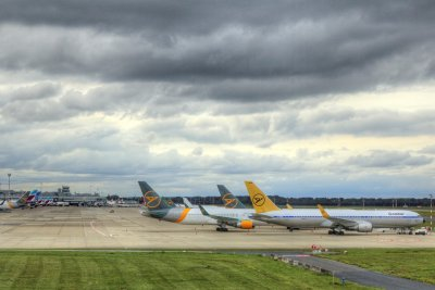 Авиоиндустрията пред колапс - компаниите искат финансова помощ и спасителни пакети