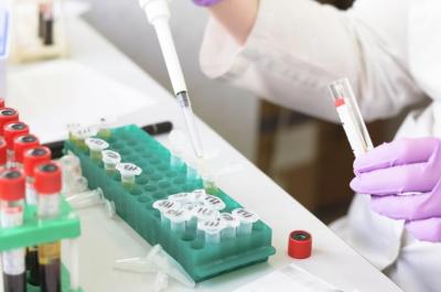 Медици за лечението с кръвна плазма: Може да намали смъртността наполовина