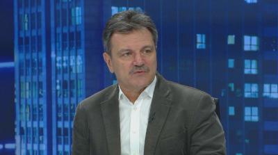 Д-р Симидчиев: Между 20 и 40% се снижава вероятността от заразяване при носене на маска