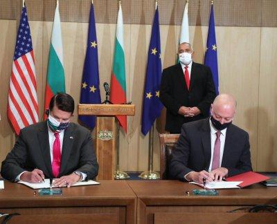 България и САЩ подписаха ключови документи за сигурността на 5G мрежите и ядрената енергия