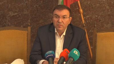 Министър Ангелов: От 22 октомври маските на открито ще бъдат задължителни за всички