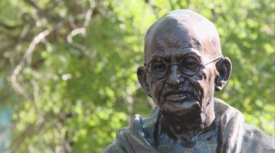 Откриха паметник на Махатма Ганди във Варна
