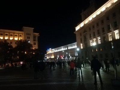 107-а вечер на протести в София