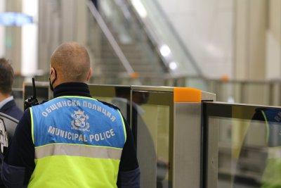 Продължават проверките за спазване на мерките в София