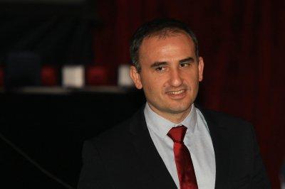 Лекар на 2020-та година е офталмологът Александър Оскар