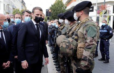След атаката в Ница: Франция разполага още военни части на ключови места