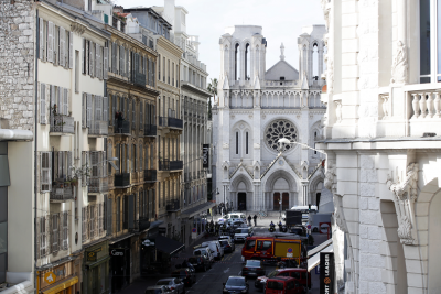 Атака с нож в Ница, има жертви