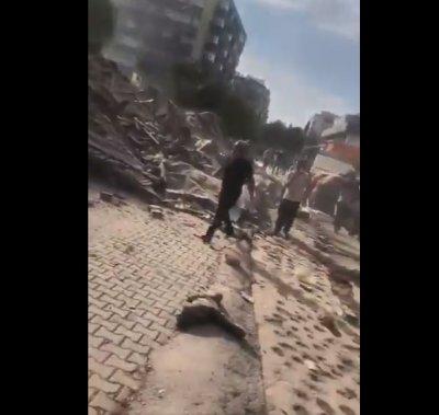 Силно земетресение край Измир, има разрушения. Трусът е усетен и у нас
