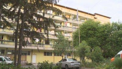 Препълнени са COVID отделенията в Русе, лекарите - на ръба на силите си