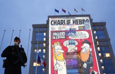 """Карикатура на """"Шарли Ебдо"""" ядоса Ердоган"""