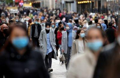Заразените с COVID-19 в света надхвърлиха 42 милиона