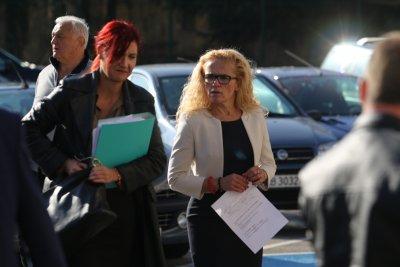 """Съдът остави без уважение молбата на Иванчева за по-лека мярка от досегашната """"домашен арест"""""""