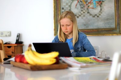 Изследване: Как се отразява онлайн обучението на българчетата?