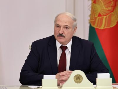 Лукашенко и синът му попаднаха в списъка със санкционирани от ЕС