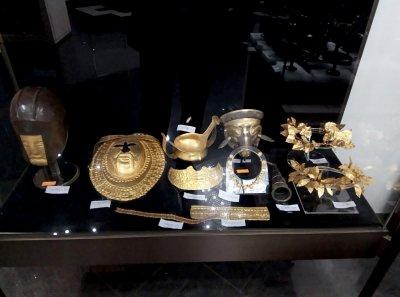 Прокуратурата поиска съдействие от учени за оценка на иззетите от Васил Божков артефакти