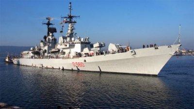 Подписаха договора за двата кораба за ВМС за 1 млрд. лева