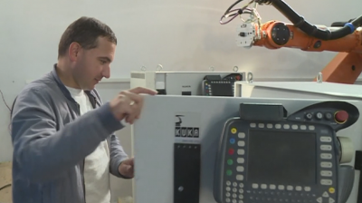 Българин разработва най-мощната електрическа кола в света