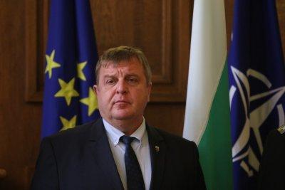Каракачанов за случилото се пред ВМРО: Това беше умишлено търсена провокация