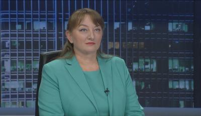 Деница Сачева: Управляваме кризата