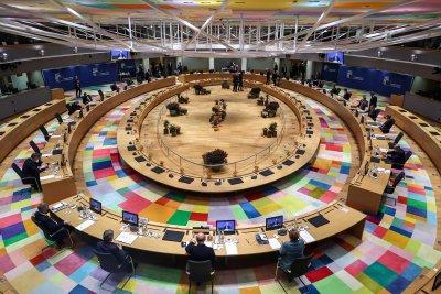 Принципът на единодушие: Как 25 държави могат да станат заложници на Полша и Унгария