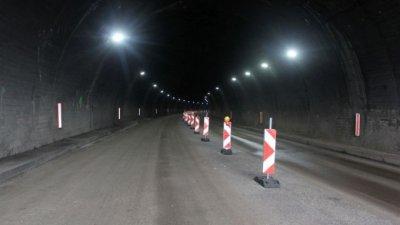 """Ремонтират осветлението в тунел """"Правешки ханове"""" на АМ """"Хемус"""""""
