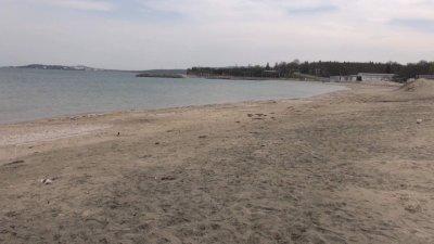 Подготвят плажовете за зимата