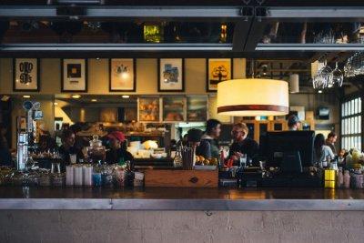 Нощните заведения притеснени от фалит. Ще има ли нови мерки за бизнеса?