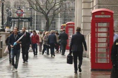 Българи, пристигащи в Англия, ще могат да се освобождават от карантина с негативен тест за COVID-19 след 5-ия ден