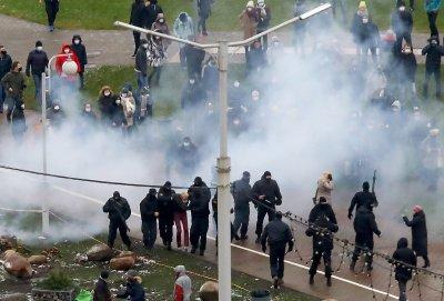Над 300 души са задържани на поредните протести в Беларус