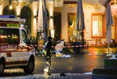 5 са жертвите в Трир, след като автомобил се вряза в пешеходци