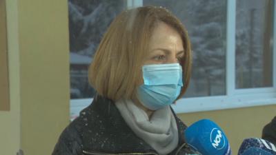 Фандъкова провери работата на 124-та детска градина, отворена за децата на медици