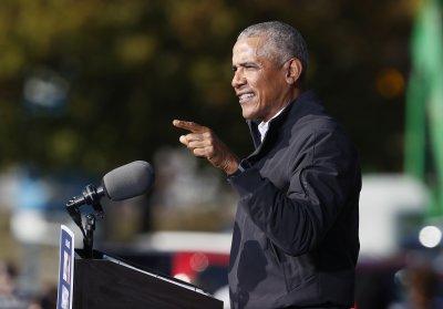 """В подкаста """"Американската мечта"""": Редакторът на българското издание на мемоарите на Обама"""
