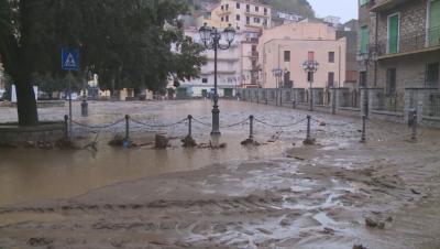 Силна буря взе жертви в Сардиния