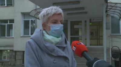 Кореспондентът на БНТ в Кюстендил и майка на три деца стана доброволец в COVID отделение