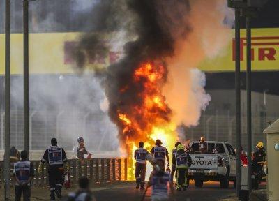 Жестока катастрофа на старта на Гран при в Бахрейн (СНИМКИ)