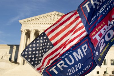 Съдът отхвърли опита за отмяна на изборните резултати в четири щата на САЩ